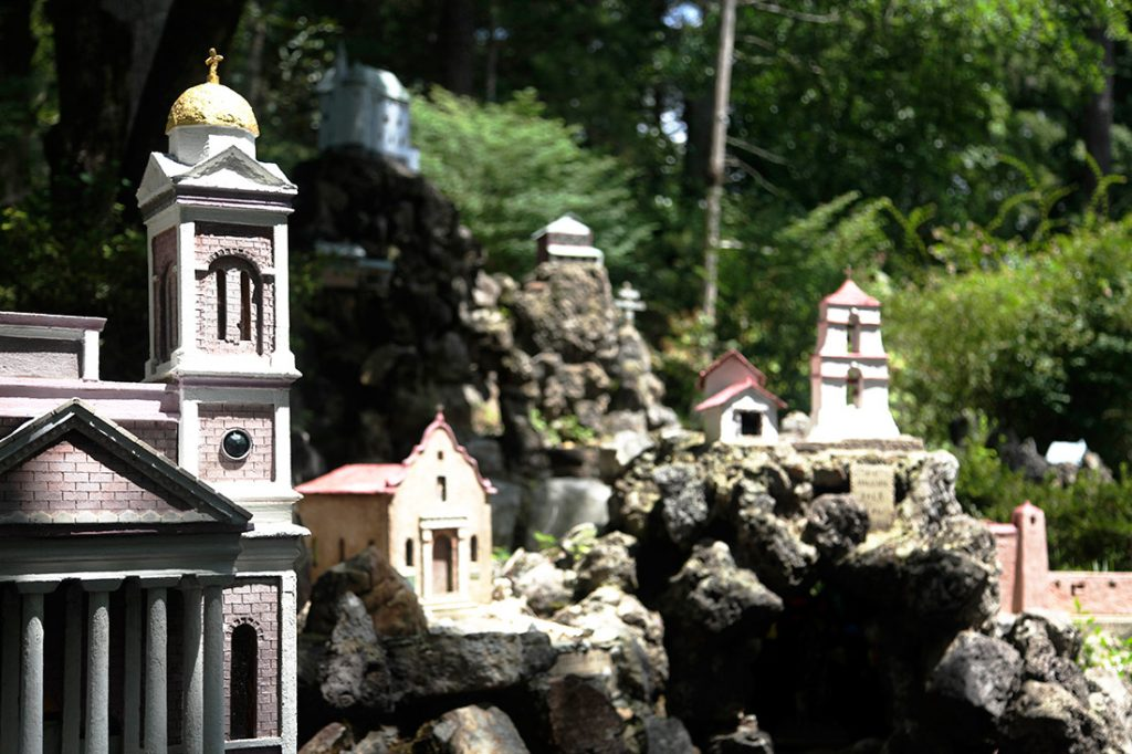 ave-maria-grotto-15
